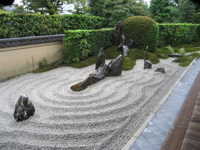 amenajari gradini japoneze aride 4